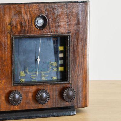 Charlestine, Radio Modell 'Larrieu AL27 1937', restauriert und modernisiert