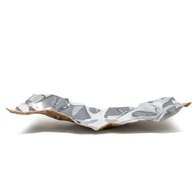 Cozi, Schale groß, Modell 'Wrinkles Square', Edelstahl hochglänzend mit dunklem Korkboden