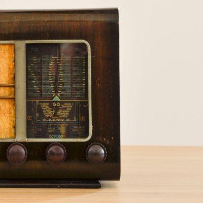 Charlestine, Radio Modell 'Turenne 1937', restauriert und modernisiert