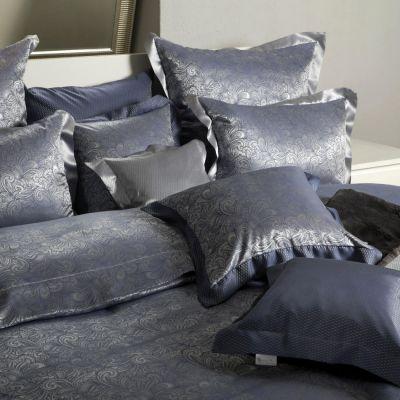 Plauener Seidenweberei, Bettwäsche aus 100% Seide, Design 'Laurel marine'