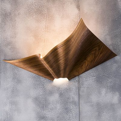 Cozi, Wandlampe, Modell 'Bloom Wall Light', amerikanisches Walnussfurnier