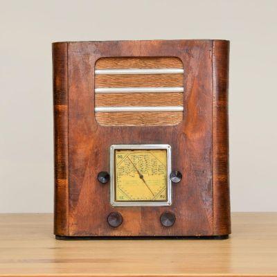 Charlestine, Radio Modell 'DSC7343 1911', restauriert und modernisiert