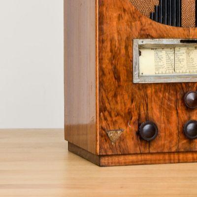 Charlestine, Radio Modell 'DSC7347 1911', restauriert und modernisiert