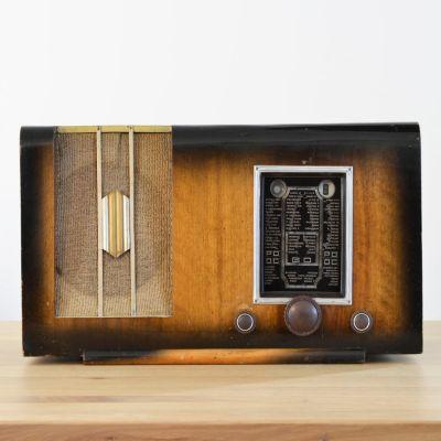 Charlestine, Radio Modell 'Radio Charme 1938', restauriert und modernisiert