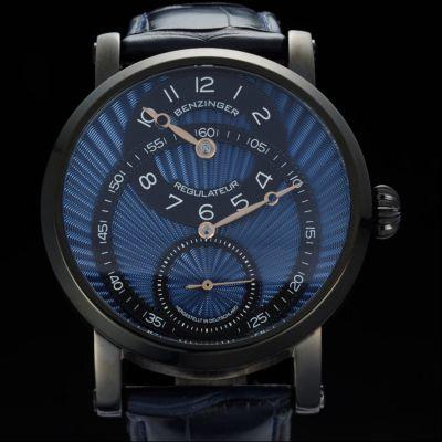 Jochen Benzinger, Regulateur Blue in Black, Herrenarmbanduhr