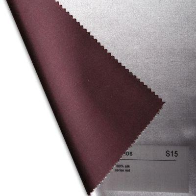 Plauener Seidenweberei, Spannbettlaken aus 100% Seide, Design 'Helios cerise red'