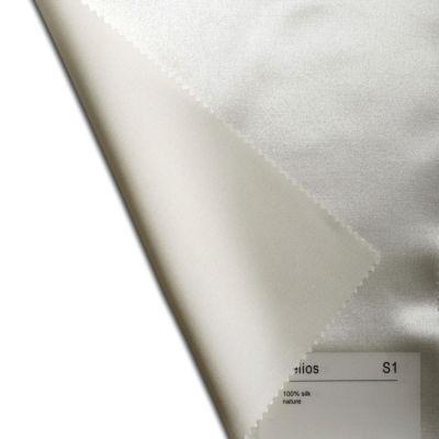 Plauener Seidenweberei, Spannbettlaken aus 100% Seide, Design 'Helios natur'