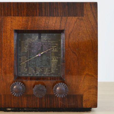Charlestine, Radio Modell 'ID3 1935', restauriert und modernisiert