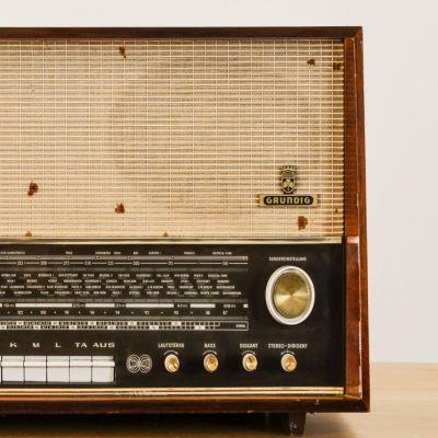 Charlestine, Radio Modell 'Grundig-4097 1964', restauriert und modernisiert